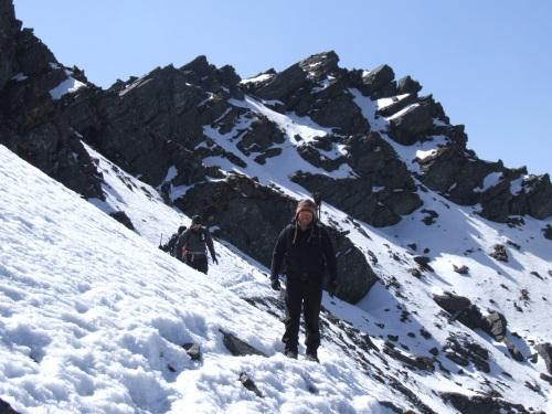above the snowline on the Zatrwa La