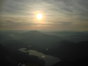 Sunrise over llyn llydaw from Snowdon summit