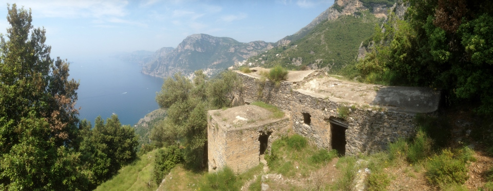 View down toward Capri from the Walk of the Gods